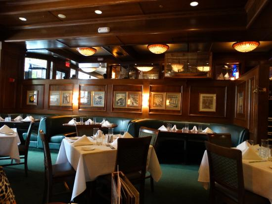 McCormick & Schmick's Seafood - Park Plaza : Restaurant