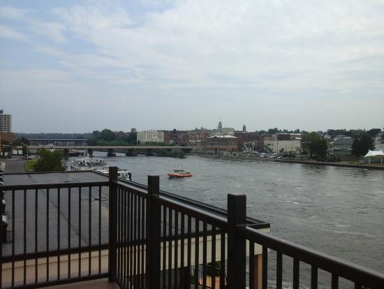 Best Western Plus Oswego Hotel And Conference Center : Balcony view