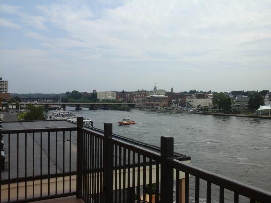 BEST WESTERN PLUS Captain's Quarters: Balcony view