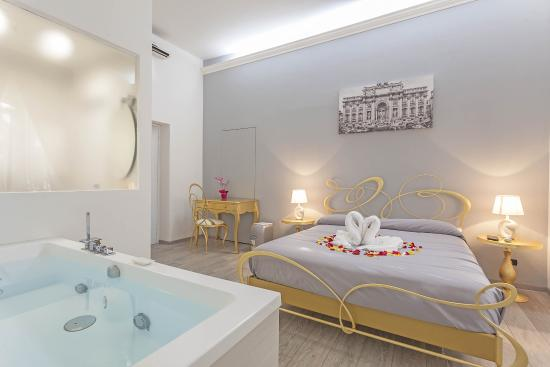 Rome Hotel With  Room Suites