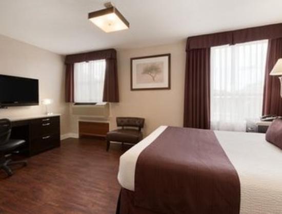 Days Inn Vancouver Metro: Standard Queen Bed Room