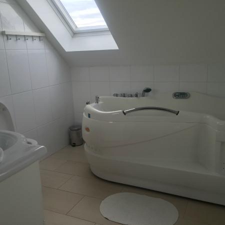 Vatnsholt: Room 9 bathroom