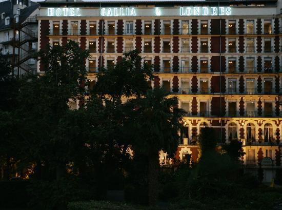 Grand Hotel Gallia Londres : Facade de l'hôtel Gallia & Londres