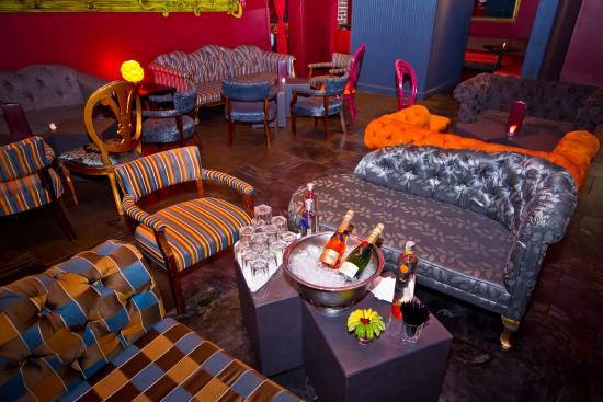 Chi Cha Lounge