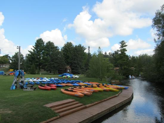 Grayling, MI: Large selection of rental kayaks