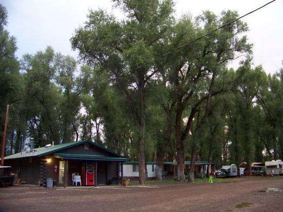 Tall Texan RV Park & Cabins: camp