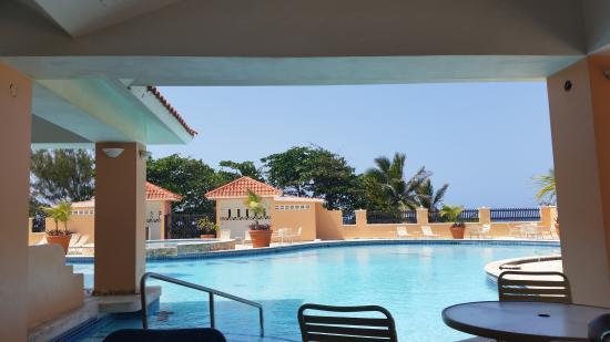 Costa Dorada Beach Resort : Picina