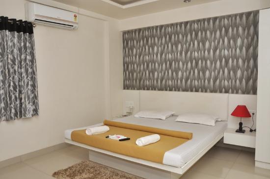 Sarja Hotels
