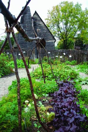 Edgewater, MD: Lord Mayor's Tenement and Kitchen Garden