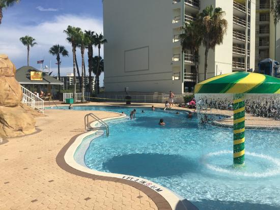 Holiday Inn Hotel Suites Clearwater Beach South Harbourside Pool