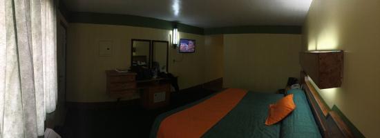 Hotel Marques de Cima: Bien por el precio que pagas... Buena atención, instalaciones viejas, pero limpias.