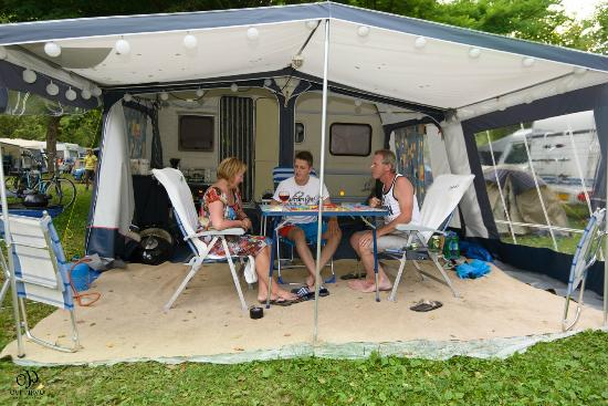 Camping Due Laghi: Piazzola