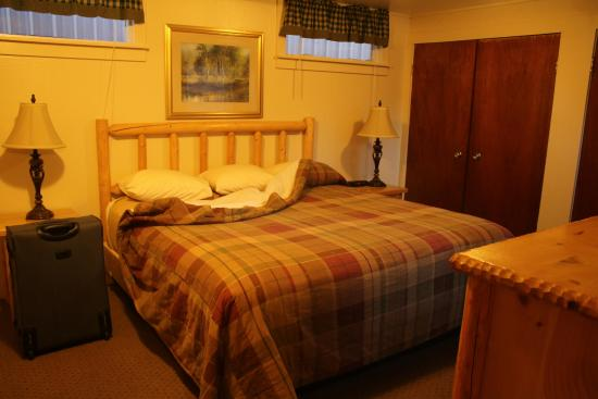 Hat Creek Resort & RV Park: Bedroom