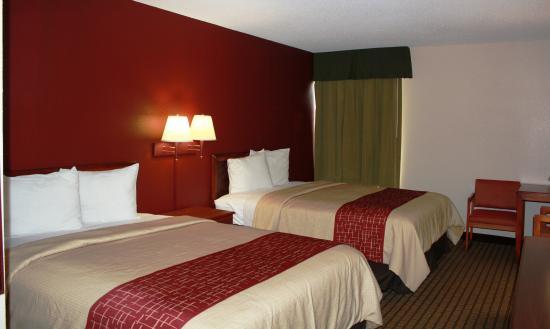Red Roof Inn Spartanburg: Guestroom