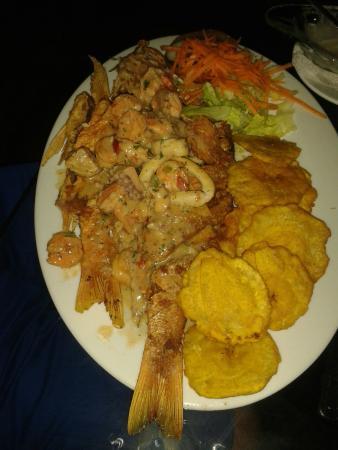 El Pirata: Quien no se resiste, el plato Pirata en Bocas!