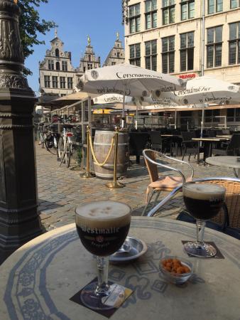 Cafe De Reus