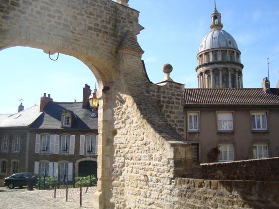 Nôtre Dame de Boulogne : View on the Caphedral Notre Dame de Boulogne from the Château-Museé