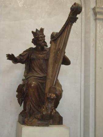 Nôtre Dame de Boulogne : Sculpture