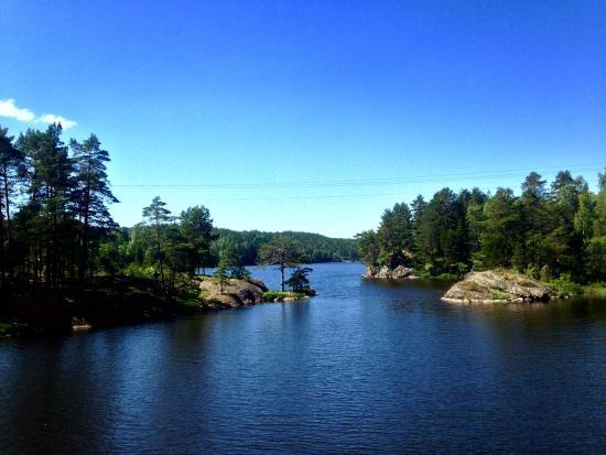 Ørje, Norge: Vakker natur langs hele Haldenvassdraget