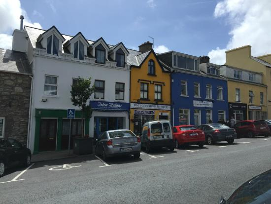 Connemara Hamper: From the outside