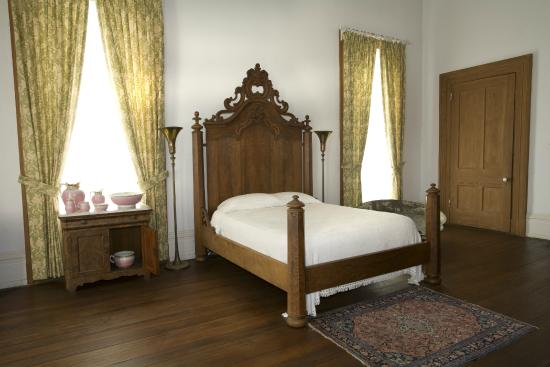 Redcliffe Plantation State: 2nd Floor Bedroom