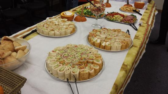 Nikoli's Pizza and Catering : Wrap Tray Catering