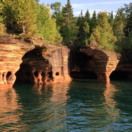 apostle islands hotels resorts