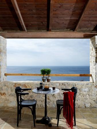 Atrium Hotel: Inside Bar Balcony