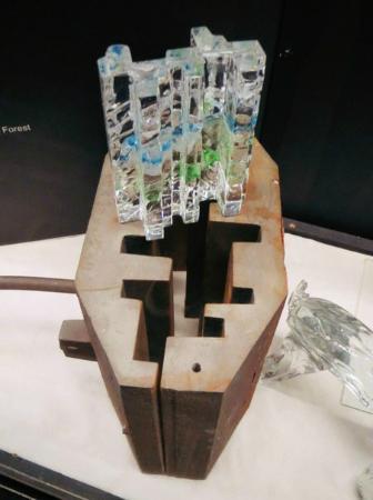 Suomen Lasimuseo (The Finnish Glass Museum): Вот в такой форме и рождается произведение!