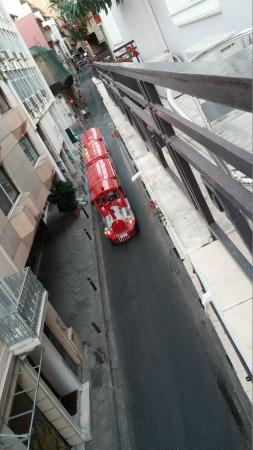 Kimon Athens Hotel : View from my balcony - Tourist Train Coming by!