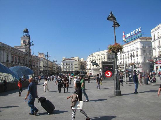 Santiago bernabeu for Puerta 53 santiago bernabeu