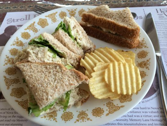 Lawrencetown, Канада: Chicken Salad Sandwich