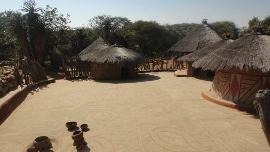 Polokwane, South Africa: Внутренний двор зажиточной сети сото