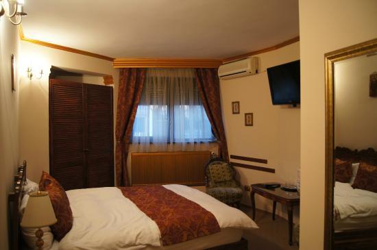 Hotel Monaco: Номер