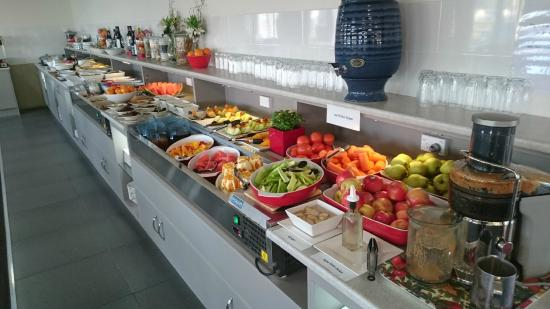 Raymond Terrace, Australia: Breakfast variety, and there is more and cooked as well