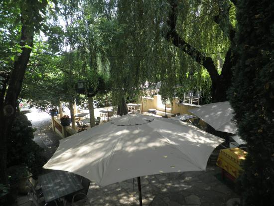 Hotel Le Relais du Vivarais : le parc