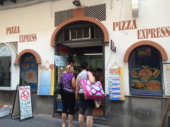 Pizza Express Amalfi: photo0.jpg