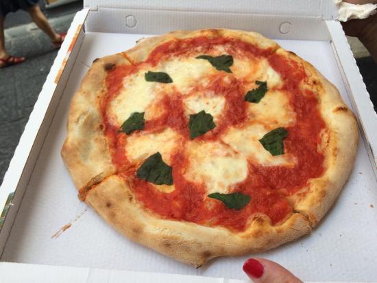 Pizza Express Amalfi: photo1.jpg