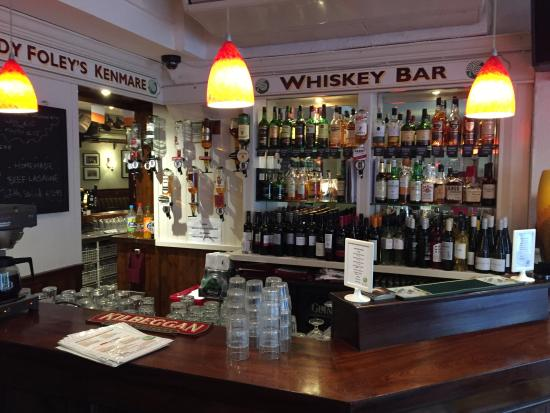 Foleys Guesthoues & Self-Catering Holiday Homes: Whiskey Bar
