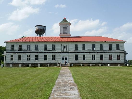 Millerton, OK: Wheelock Academy