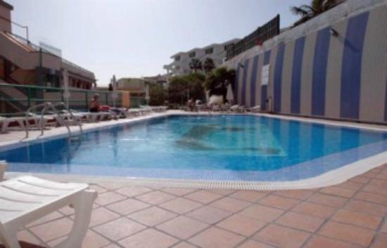 Las Gondolas Apartments: Swimming pool