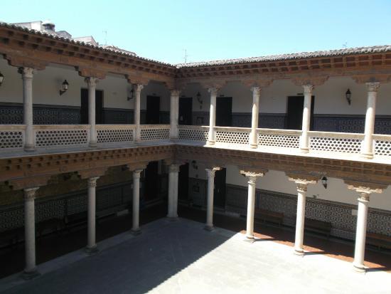 Palacio Antonio de Mendoza - Convento de la Piedad
