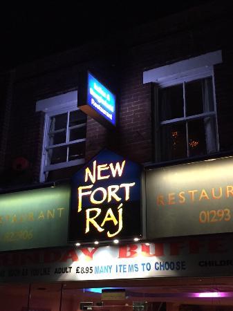 New Fort Raj: condiments