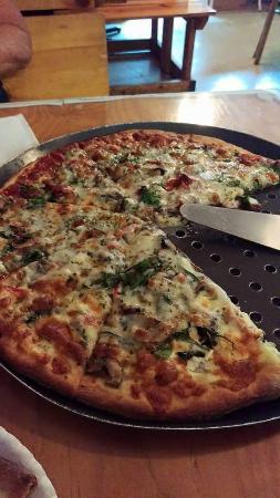 Ozona Pizza: Pizza