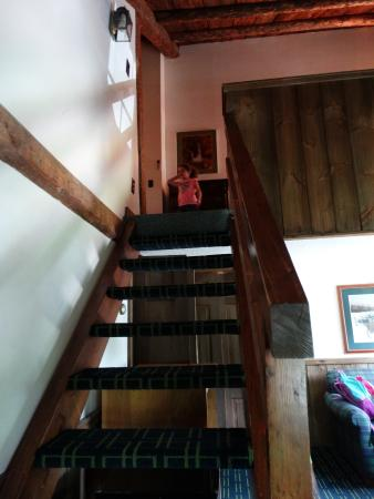 Christmas Farm Inn & Spa: going upstairs