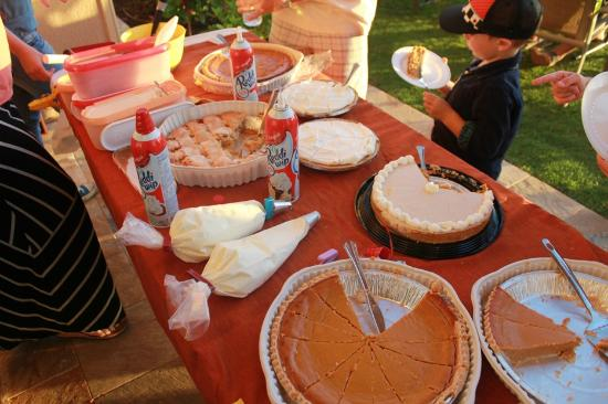 Kihei Sands Beachfront Condominiums: thanksgiving dessert table - potluck with all the guests