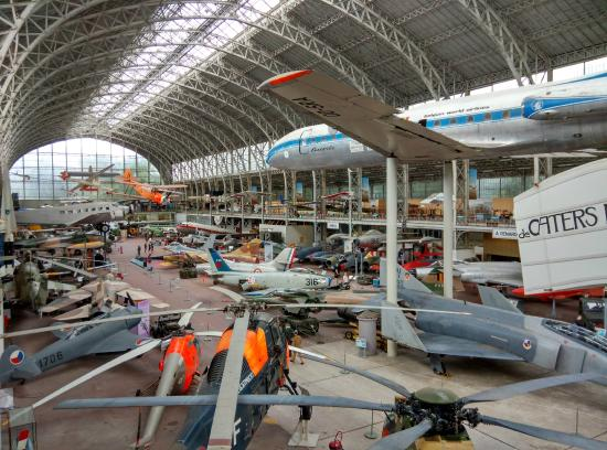 Aviation hangar picture of royal museum of the armed forces and of military - Location hangar bruxelles ...
