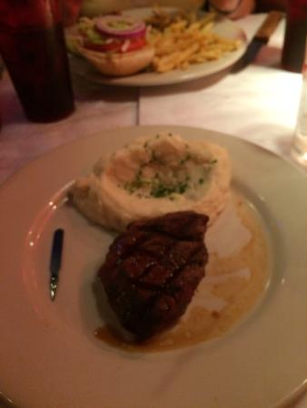 Food - Manny's Original Chophouse- Haines City Photo