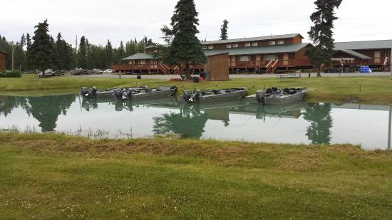 RW's Fishing & Big Eddy Resort: RW's property