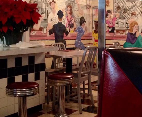 Lindsey's Seafood Restaurant : photo1.jpg